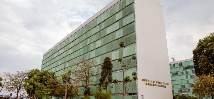 Plano de outorgas do MME indica 989 obras para transmissão