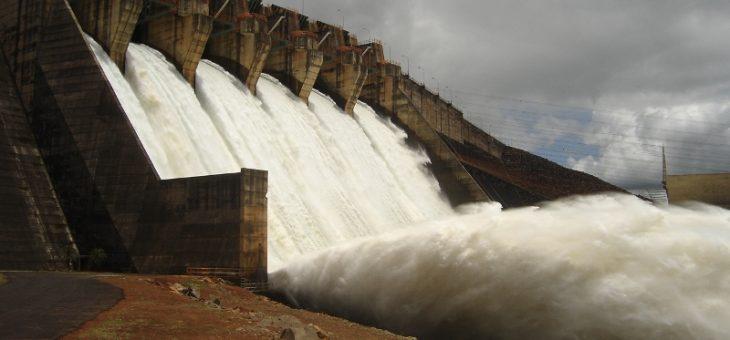 Com crise hídrica, governo acelera operação de novas usinas para evitar racionamento