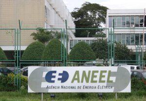 Aneel assina contratos de transmissão que vão gerar R$ 1,3 bi em investimentos